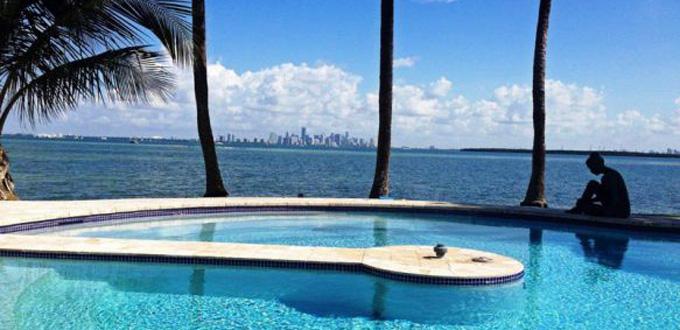 L'esclusiva villa della baia di Key Biscayne
