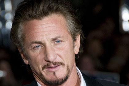 A Malibù, California, Sean Penn mette in vendita la villa che fu il suo rifugio dopo la separazione