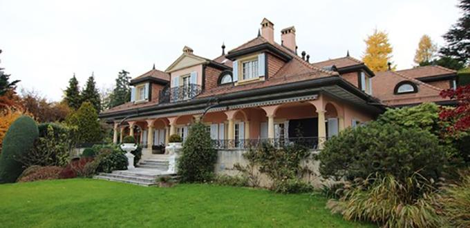 Villa-Montreaux