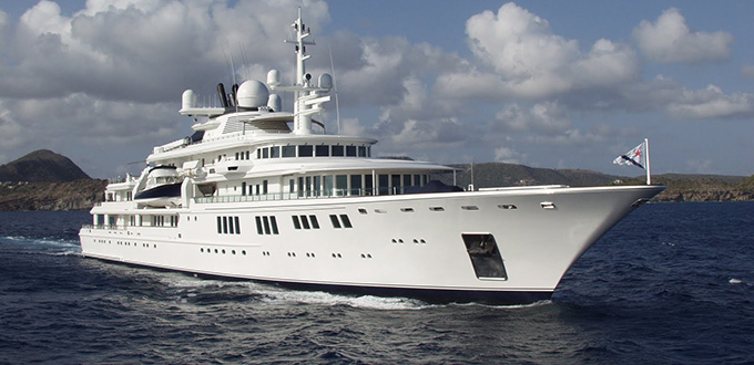 A bordo del tatoosh di paul allen lo yacht da 100 milioni for Il canotto a bordo degli yacht