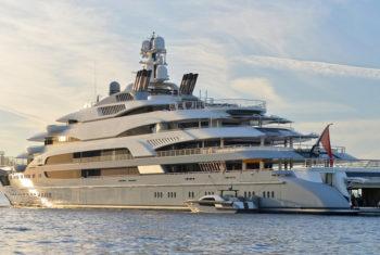 Tuhura: yacht di lusso ispirato alle imbarcazioni polinesiane